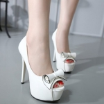 Sweet Platform and Bow Design Peep Toe Shoes For Women