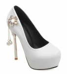 Sexy Faux Pearl and PU Leather Design Pumps For Women